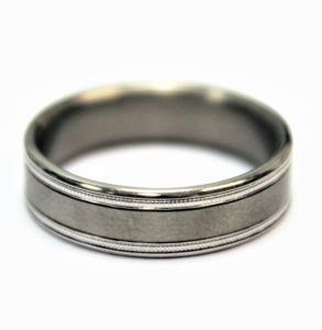 Brushed finish wedding band with edging detail