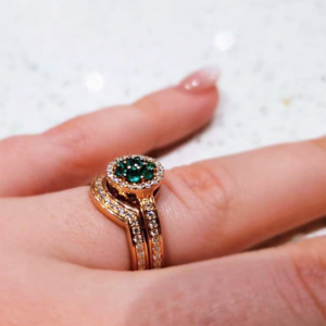 Shaped wedding band to fit emerald engagement ring