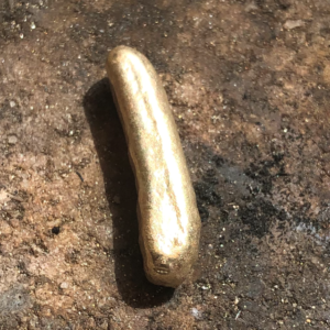 gold being shaped